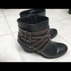 Euro soft black and brown comfort heeled boots